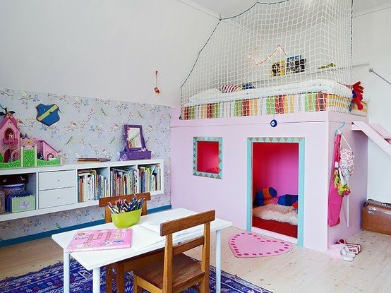 25 Amazing Loft Ideas -- Beds and Playrooms