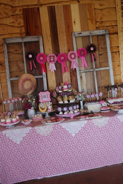 cowgirl princess party table