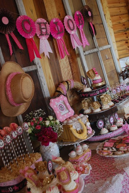 cowgirl party table decor