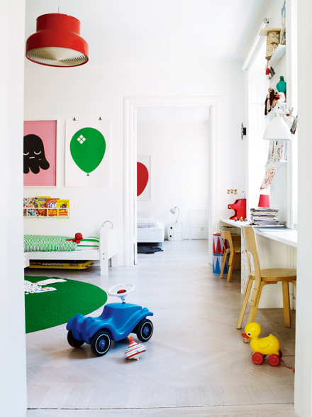 creative kids workshop room
