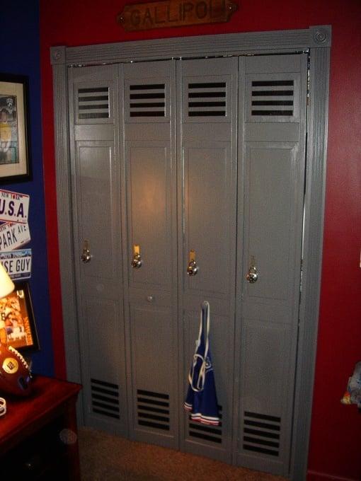 Boys Football Locker Room Ideas   Design Dazzle
