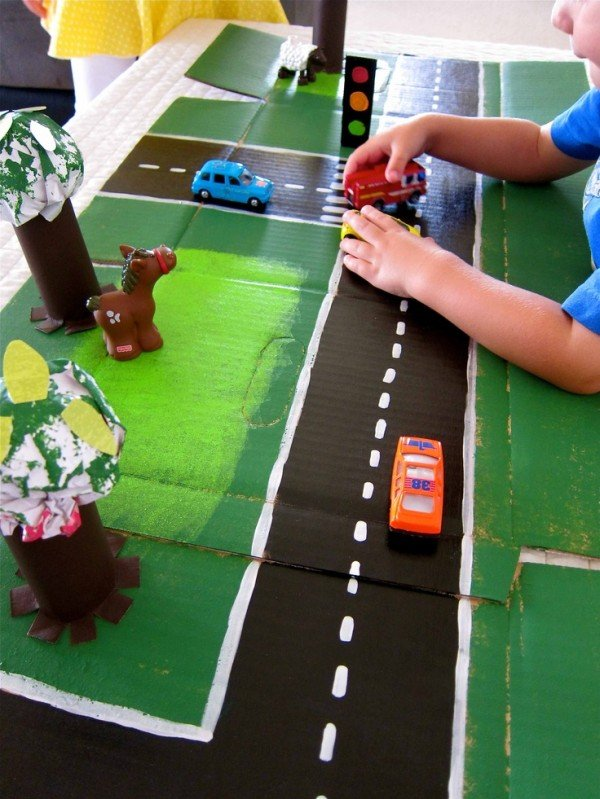 cardboard racetrack to make for kids-- Design Dazzle