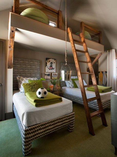 Fabulous Love this shared room idea with the loft bed Design Dazzle