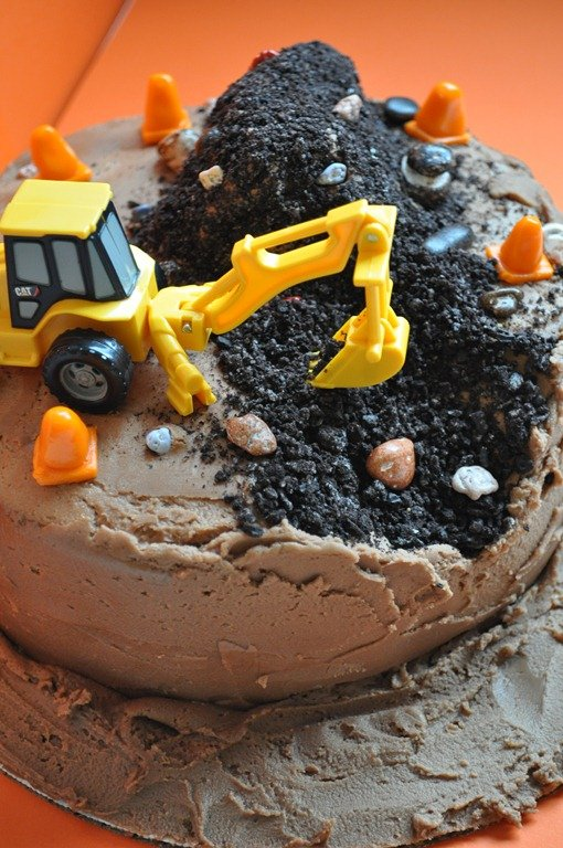 Construction Cakes -- Design Dazzle