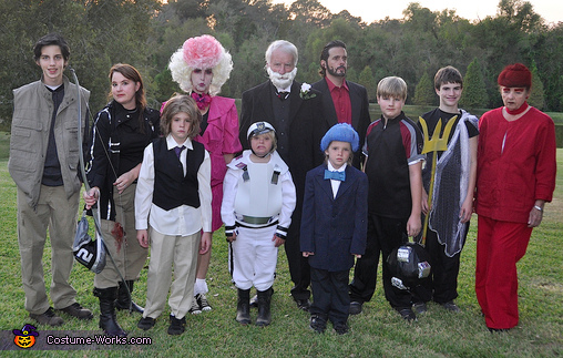 hunger games family halloween costumes