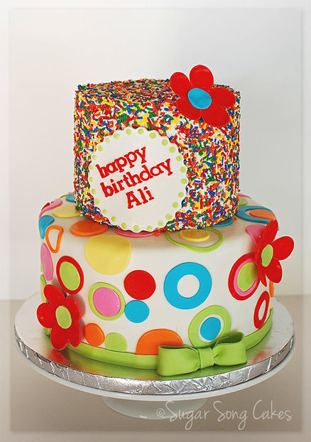 Cake Decorating Ideas Sprinkles : Birthday Cakes for the Birthday Girl - Design Dazzle