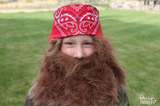 DIY Duck Dynasty Costume -- Design Dazzle