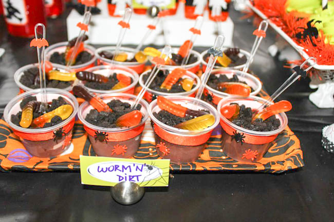 Halloween Worms and Dirt. Perfect for a Halloween Birthday Party!