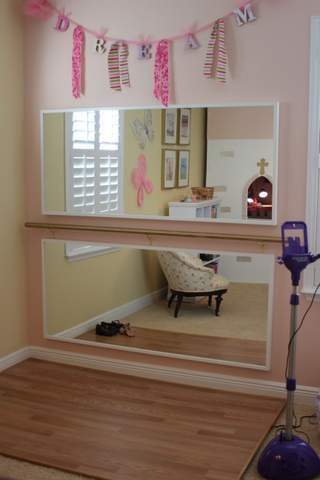 Diy playroom makeover design dazzle - Ikea specchio songe ...