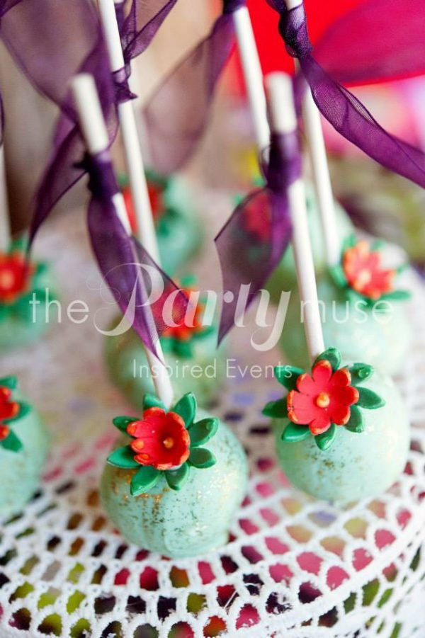 woodland wonderland cake pops