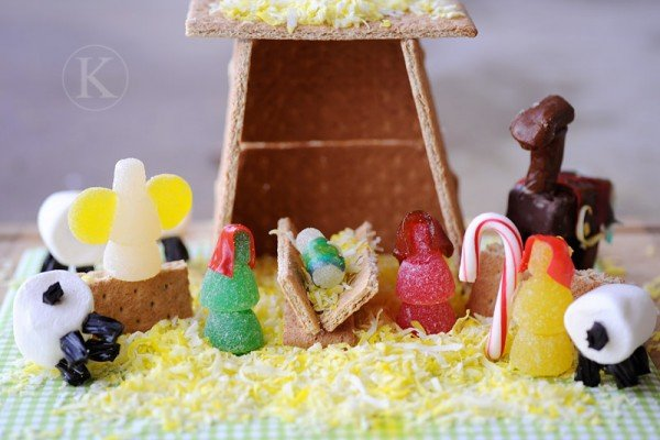 nativity made with candy graham crackers