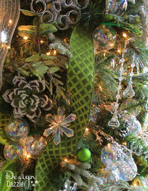 Decorating Christmas Tree with Succelents - Design Dazzle