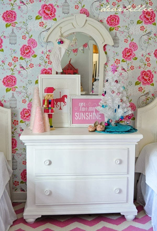 Decorating Touches For A Girls Room Design Dazzle