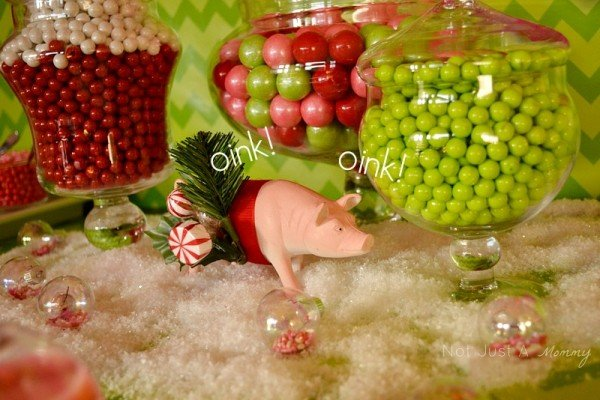 Hoggy Holidays Christmas Party Table pig centerpiece