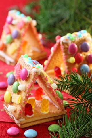 Kid Friendly Treats to make at Christmas with kids- Design Dazzle