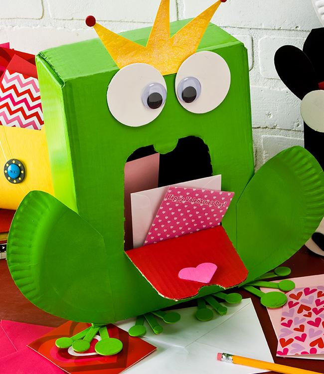 Valentine Frog Prince Card Holder