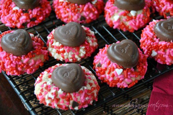 Vanilla bean cookies with chocolate hearts