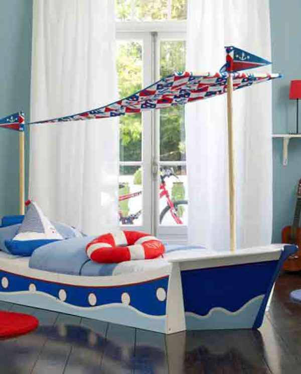 Awesome collection of beautiful boat rooms for kids at Design Dazzle. 25 Amazing Boat Rooms For Kids   Design Dazzle