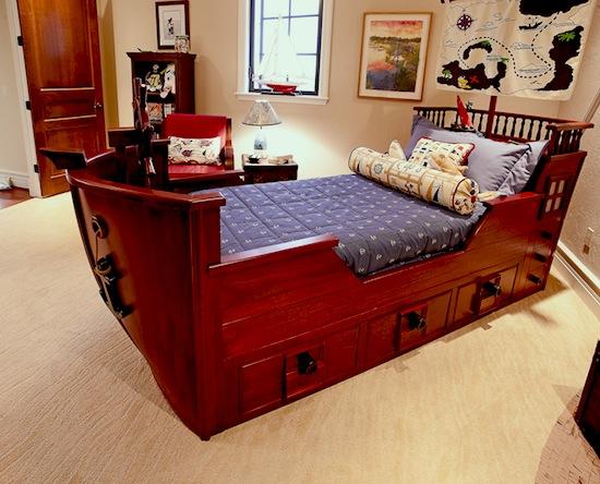 Cute Pirate ship boat room Pirate Ship Toddler sailing bed idea