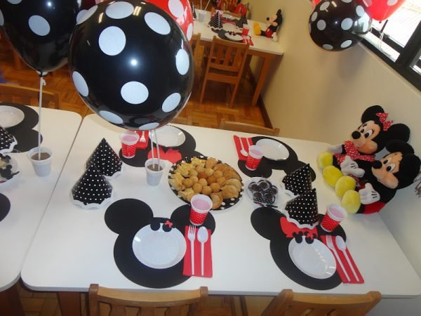 Minnie and Mickey Mouse Placesetting