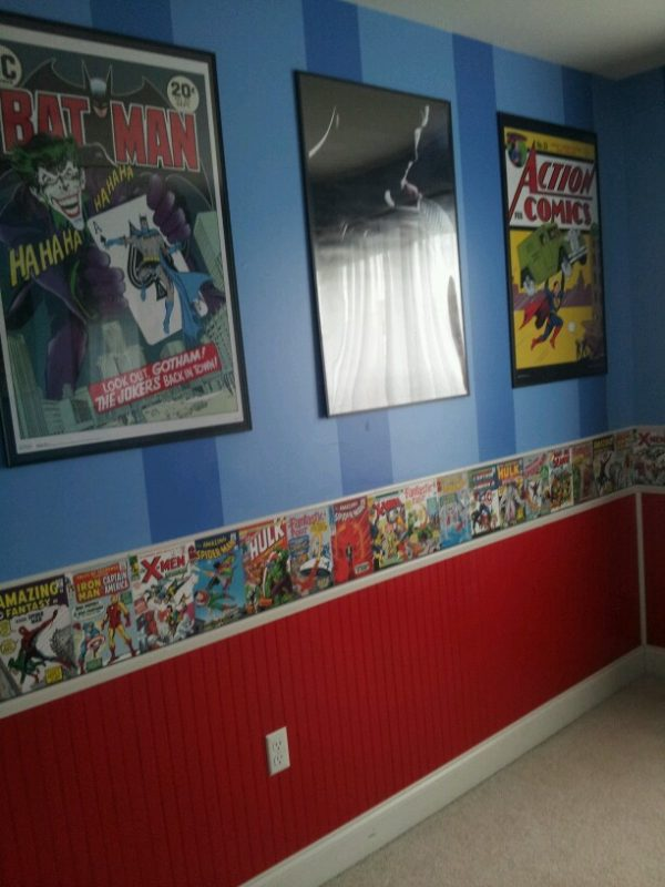 Creative bead board use in kids rooms design dazzle for Comic book bedroom ideas