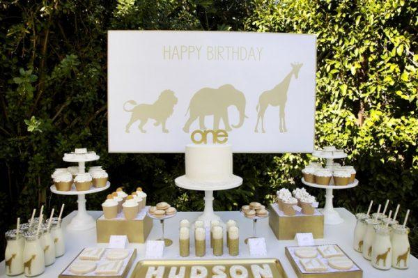 Golden Safari 1st Birthday! Love all the gold!
