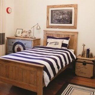 classic boys room