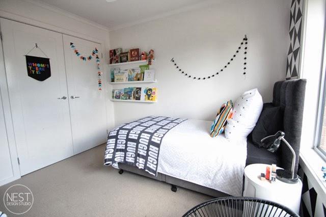 wall decor in shared boys room
