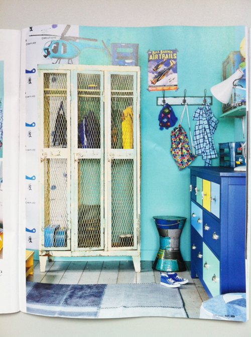 Comkids Room Lockers : These vintage lockers are such great piece in this colorful room!