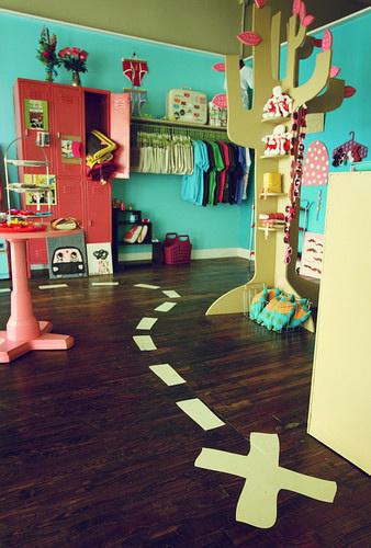 15 fun floor ideas for kids rooms design dazzle rh designdazzle com Living Room Dining Room