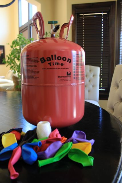 Using ballons for a service project