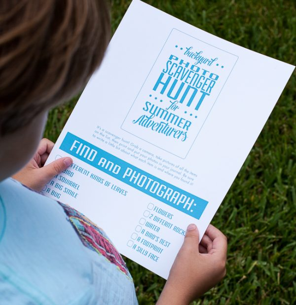 DIY Backyard Scavenger Hunt! Kids activities printable great for summertime! #kidsactivities
