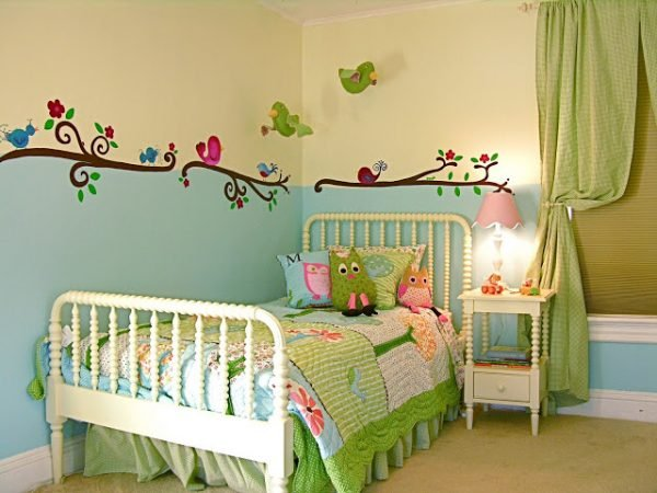 birds and trees room such a charming room
