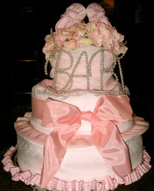 How To Make Baby Shower Diaper Cake: Cute Diaper Cakes For Girls