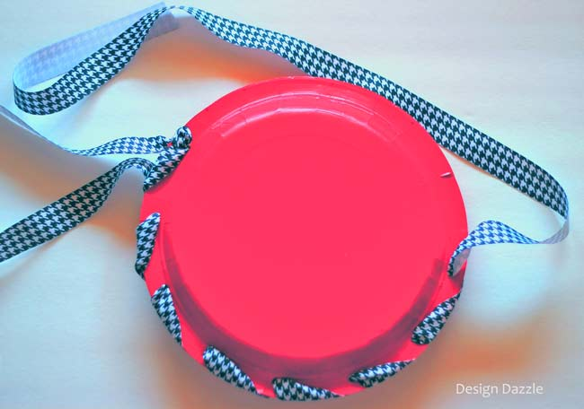 tutorial: paper plate apple gift tote