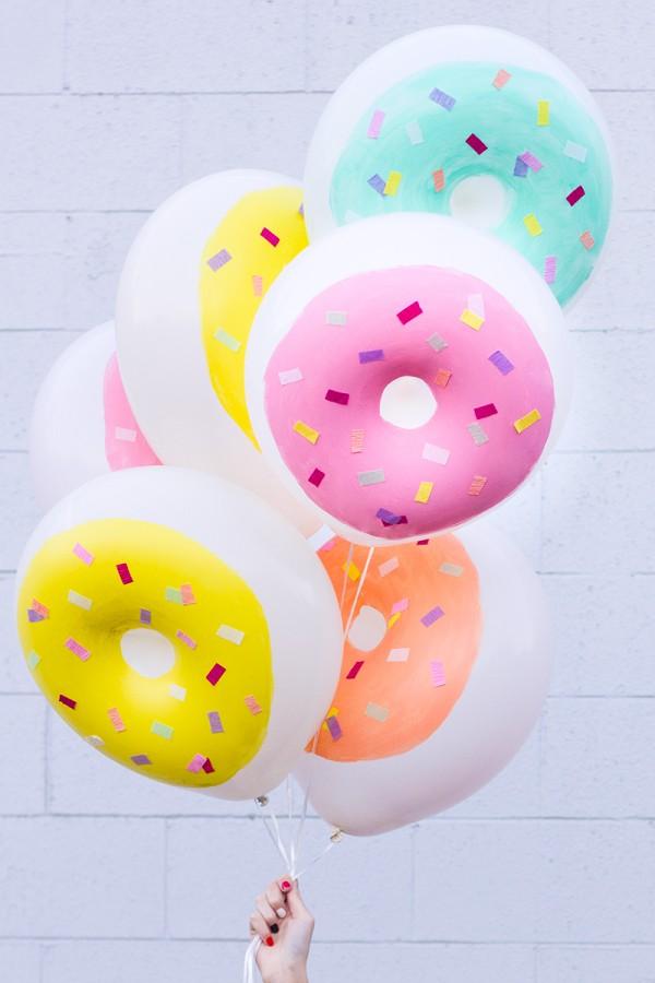 DIY donut balloons DIY party decor ideas
