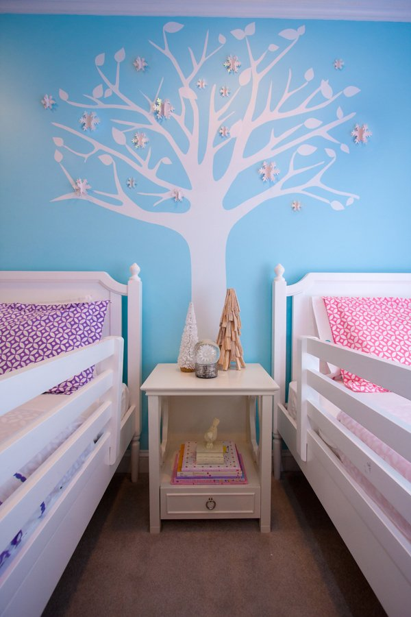 Twin Girls Room decorated for winter