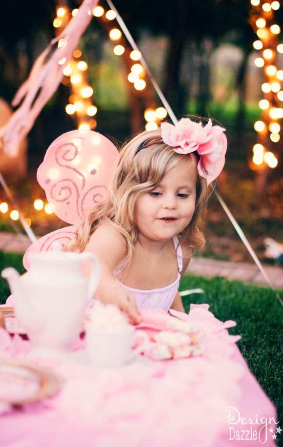DIY dollar store fairy headband and fairy wings made FABULOUS! Step-by-step tutorials on www.designdazzle.com #fairyparty #fairyheadband #diyfairywings