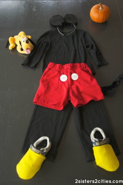 DIY Mickey Mouse Costume for Halloween