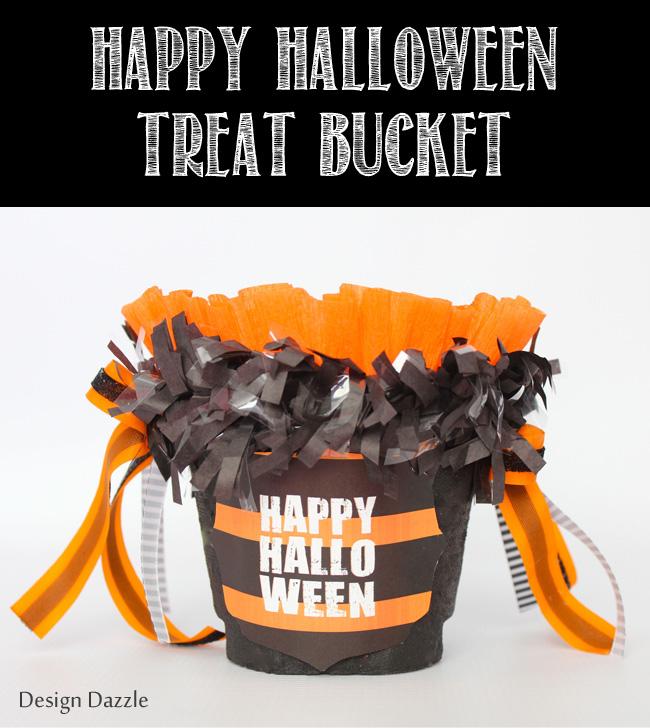 Happy Halloween Treat Bucket - fill with fun treats or toys! #halloween #halloweenprojects