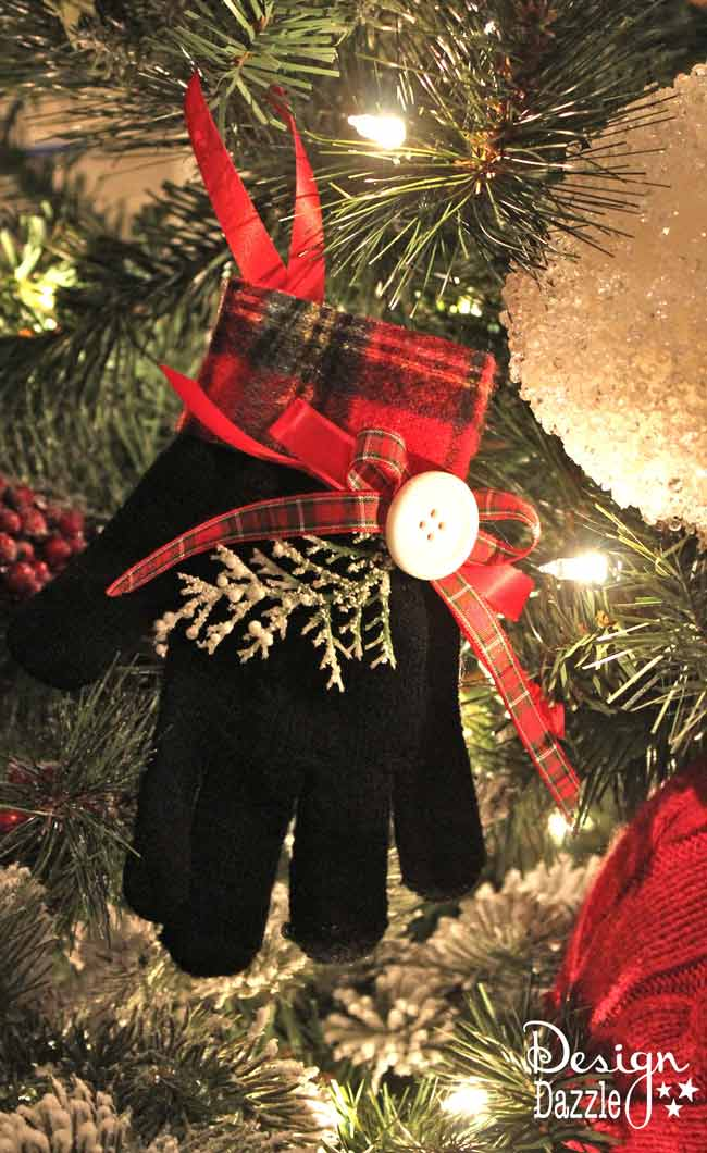 DIY Christmas Glove Ornament