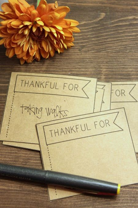 Thanksgiving Day activities for kids - thankful cards on Design Dazzle