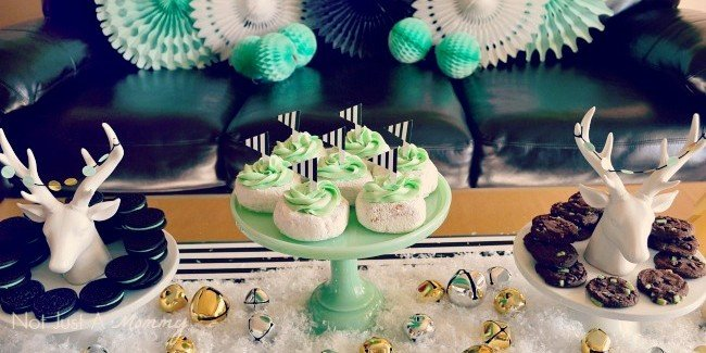 Christmas in black, white and mint cake stands