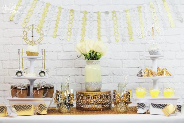 New Year's Eve Dessert Table so beautiful you might cry. Featured on Design Dazzle