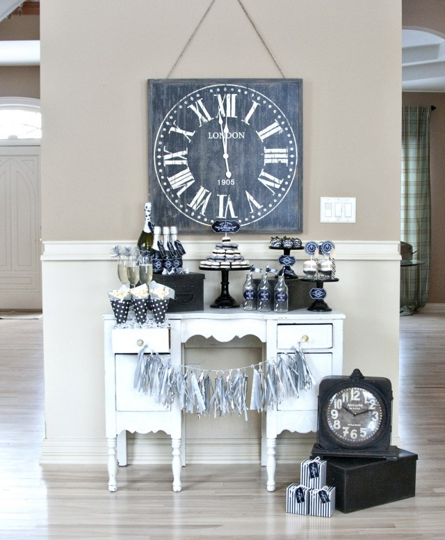 Timeless Vintage New Year's Eve Party featured on Design Dazzle