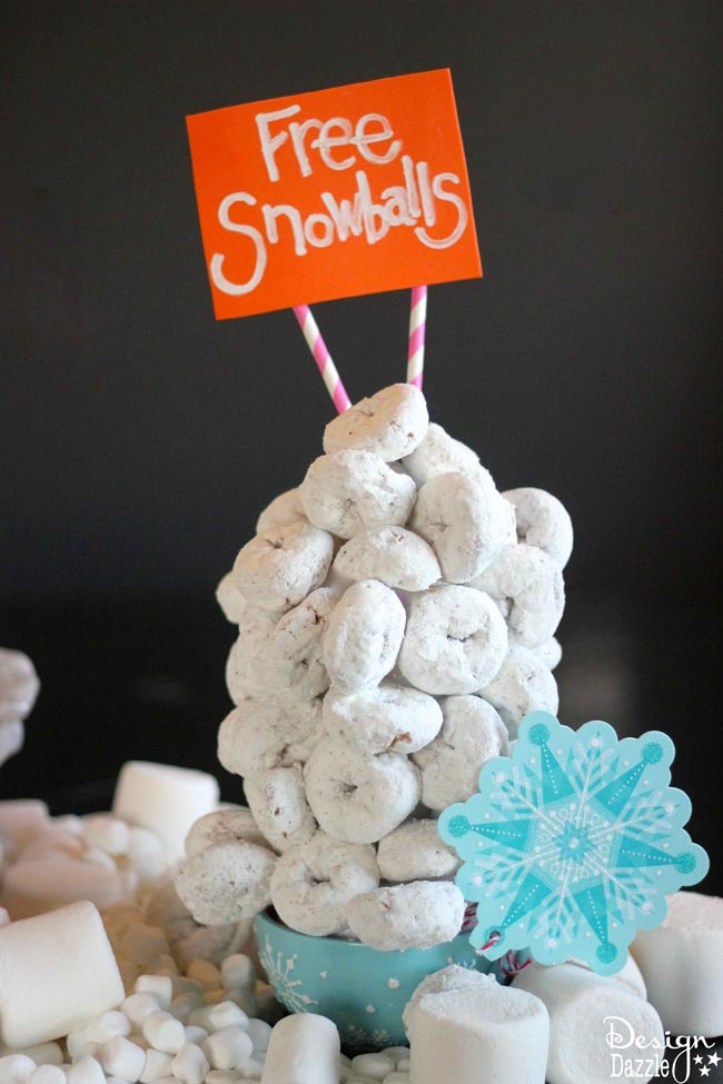 "How to make edible ""free"" snowballs by Design Dazzle #HostessHoliday"