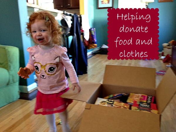 toddlers-helping-donate