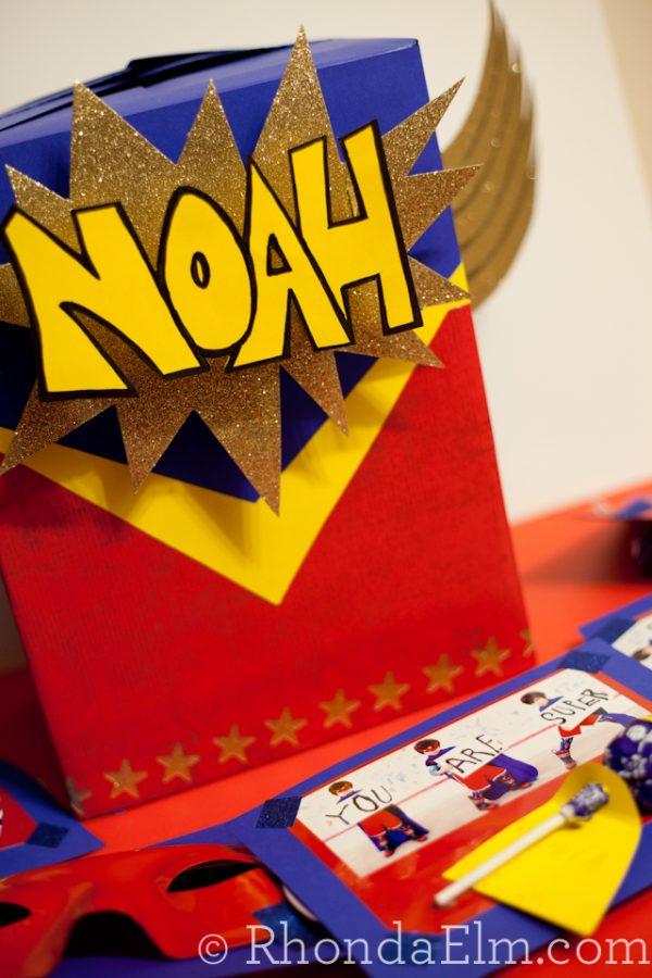 Superhero themed Valentine box! Find more fun ideas on Design Dazzle.