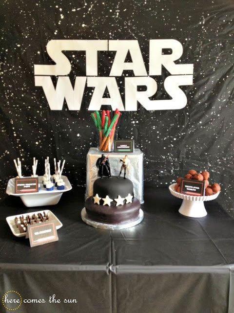 Party backdrops tablescapes the party fetti blog for Star wars dekoration