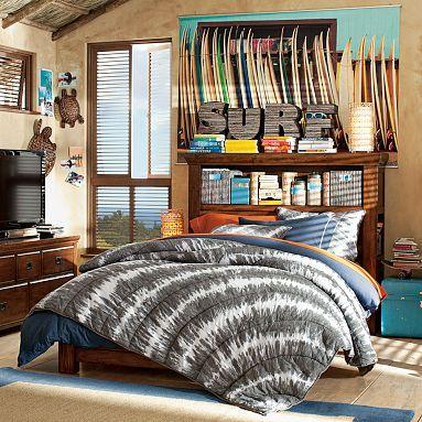 teen boy surf room